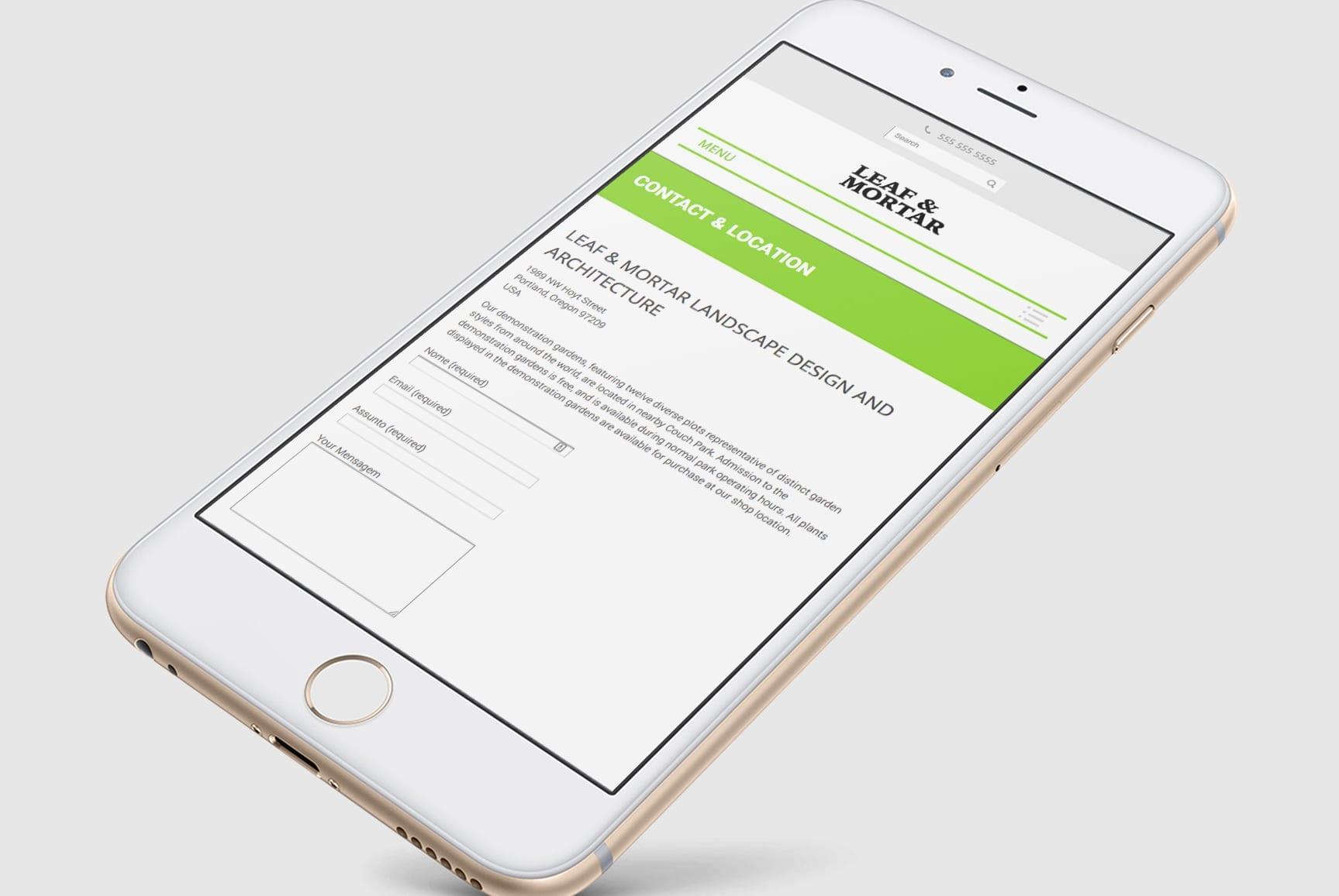 Tablet com layout responsivo do website Leaf & Mortar