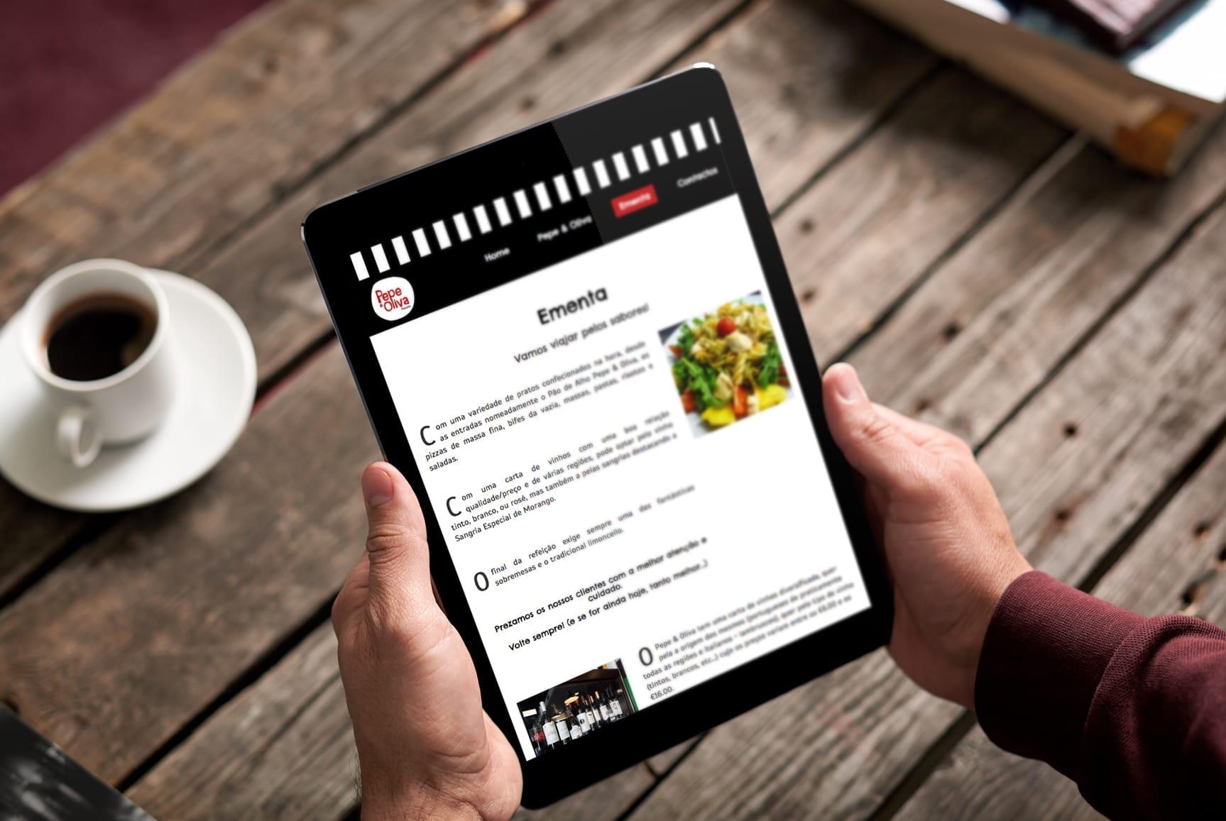 Tablet com layout do site do restaurante italiano Pepe & Oliva
